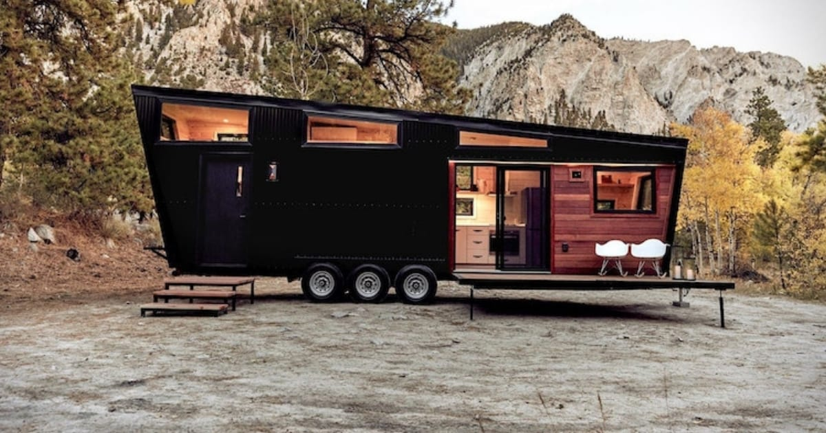 this-luxury-rv-is-unlike-anything-youve-ever-seen